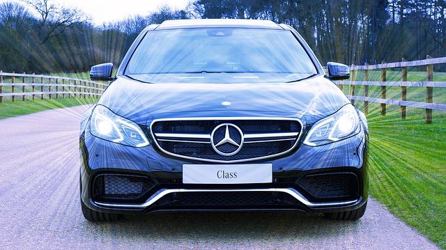 voiture neuve de marque Mercedes