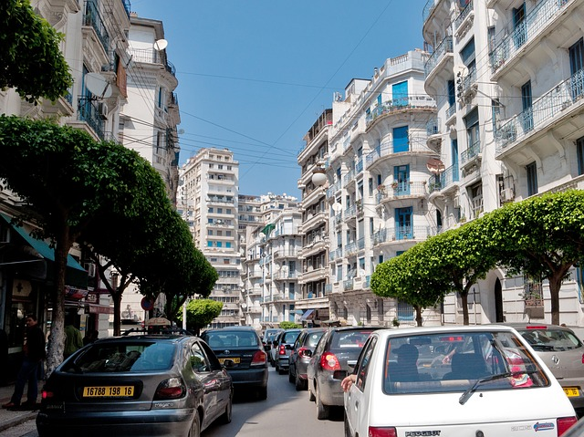 voitures à Alger
